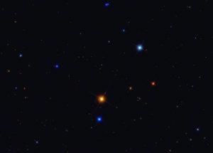 тройная звезда в созвездии Лебедя