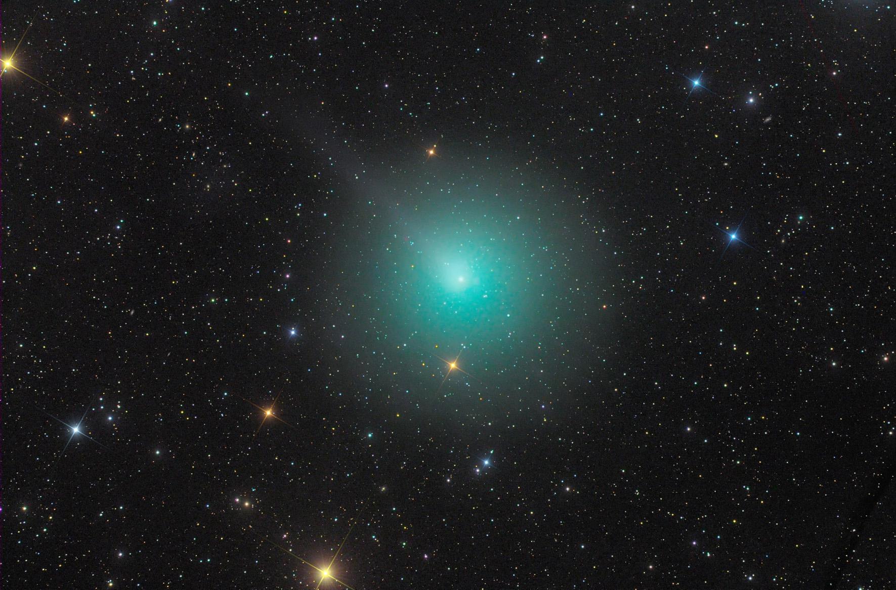 комета Виртанена 46/P на небе
