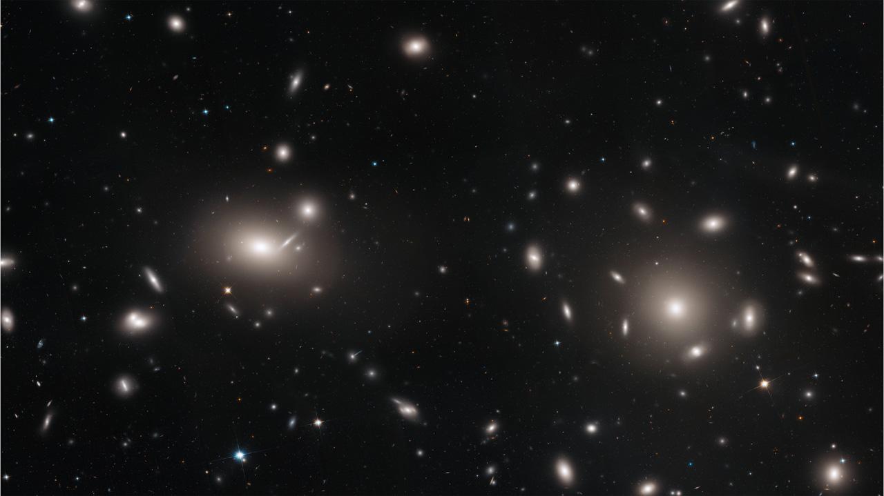 скопление галактик Комы